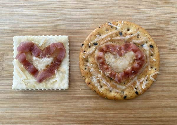 Baked bacon heart crackers